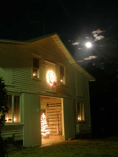 North Carolina Bed and Breakfast Christmas getaway by moonlight