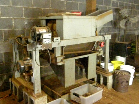 Pecan cracking machine