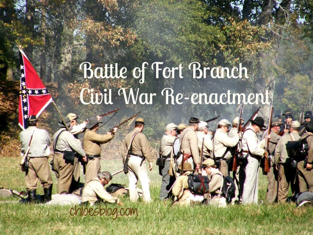 Glimpse life as a Civil War Reenactor in a fun video from ChloesBlog.com. Watch as Confederate soldiers battle the Union army at the Battle of Ft. Branch in NC | chloesblog.com