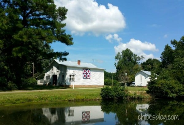 The eastern-most barn quilt trails in North Carolina comprise the Tar River Quilt Trail. The most easterly barn quilt is on the Pack House barn at Big Mill Bed & Breafast near Greenville NC @BigMill | www.chloesblog.bigmill.com/big-mill-nc-barn-quilt-tar-river-quilt-trail
