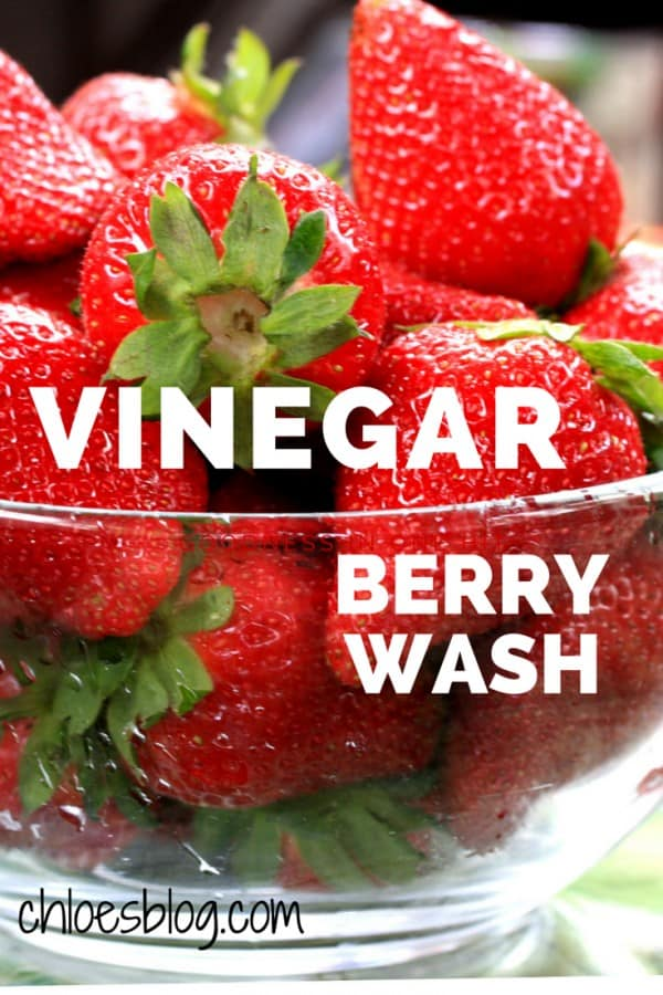 Vinegar-Berry-Wash-from-Big-Mill-keeps-berries-longer- | http://chloesblog.bigmill.com/washing-berries-in-a-vinegar-wash/